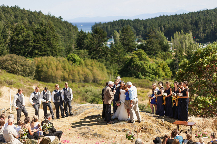 Kristine Amp Matthew Metchosin Farm Wedding Photographer Vancouver Wedding Photographer
